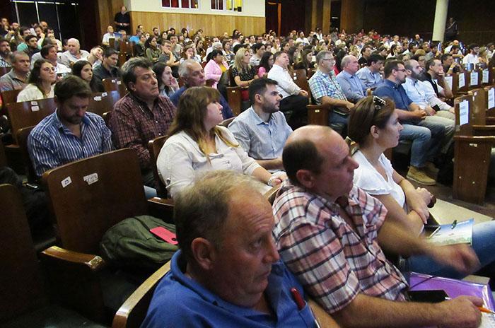 Bioinsumos Jornada Cba 1 Publico Conferencias w