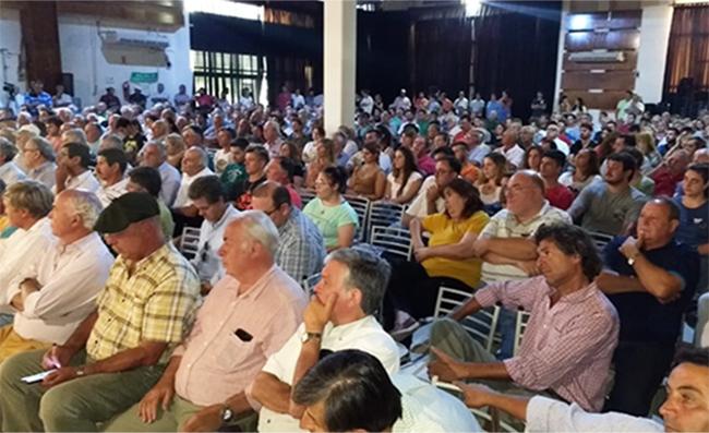 Sociedad-Rural-Rio-Cuarto-Asamblea-600x397